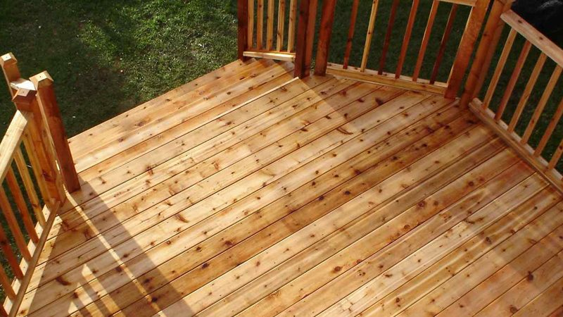 Discover The Pros And Cons Of Rough Cedar Decking