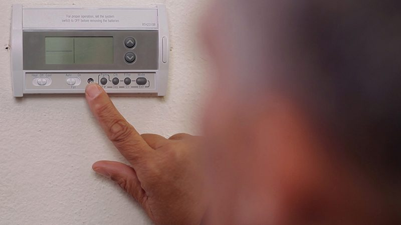 Six Benefits of Investing in a Programmable Thermostat