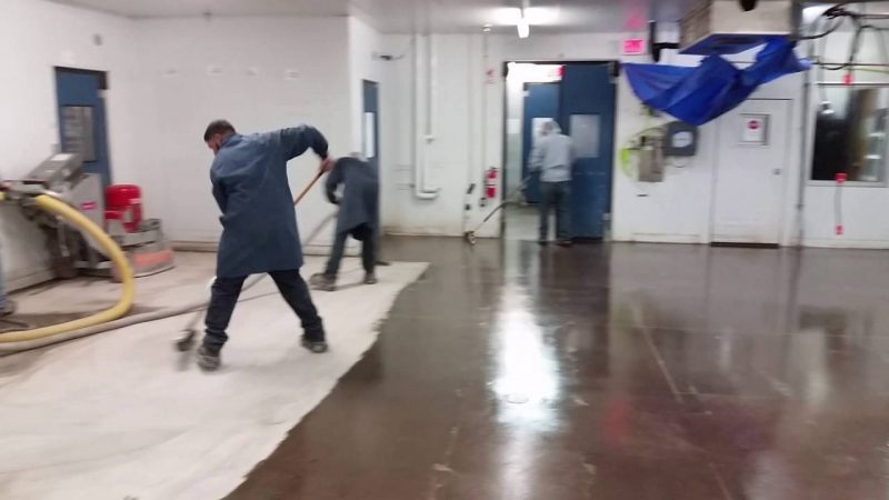 Three Important Reasons to Hire a Professional Epoxy Flooring Contractor