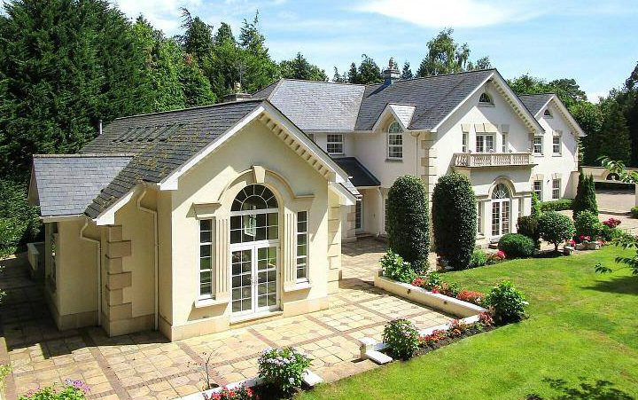 A Guide to Sourcing a Home Improvements Company