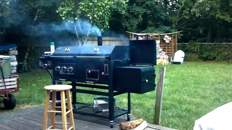 Five Features to Consider when Buying a Smoker Grill Combo