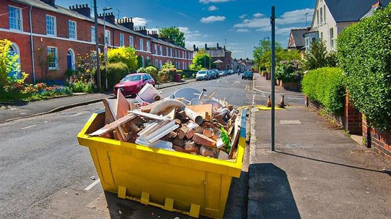 Why Hire a Skip to Deal with Your Waste